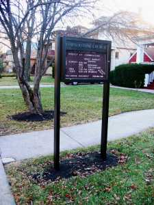 900EI Outdoor Post Sign